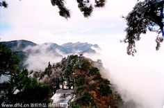 """Mount Lushan in Jiangxi province. As a unique mountain, Mount Lushan can be best described with the poem: """"How could one tell what Lushan Mountain really looks like when one is in the midst of the mountain all along"""""""