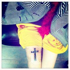 hayley williams cross tattoo - Google-søgning