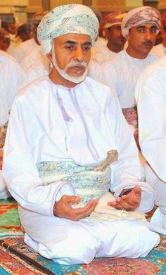 His majesty Sultan Qaboos Sultan Oman, Man Of Peace, Kate Middleton Wedding Dress, Lee Min Ho Kdrama, Sultan Qaboos, Sultanate Of Oman, Salalah, My Prince Charming, History