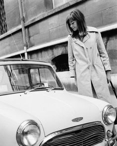Françoise Hardy Street Chic, Street Style, Street Wear, Francoise Hardy, Man Repeller, Sixties Fashion, E Type, French Actress, Biker Chick