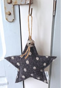 Cute polka dotted star ornament for any time of year. Christmas Makes, Winter Christmas, Christmas Time, Xmas, Star Ornament, Felt Ornaments, Christmas Ornaments, Yarn Crafts, Felt Crafts