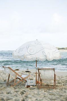 Beach Tent, Beach Umbrella, Beach Picnic, Beach Cabana, Beach Aesthetic, Summer Aesthetic, Packing List Beach, European Summer, Summer Set