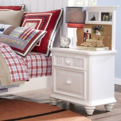 Summertime Bedroom Set W Daybed