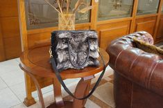 Silver fox fur handbag, Shoulder handbag F857  #bag #fur #silverfox #furbag #mothersday #gift #fashion #style #mothersdaygift