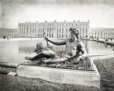 Original fine art photography print.  TITLE: PALACE OF VERSAILLES LOCATION: Versailles, France SIZES: 5x7, 8x10 or 11x14 ORIENTATION: Horizontal MATTING: Available (See details below) FRAME: Not included   ➤ Save 30% when you purchase 3 or more prints: http://etsy.me/1HLRBFB  ➤ BROWSE MORE prints from my shop: http://etsy.me/1LIfxub  PRINT DETAILS: Each print is created from an original digital image taken by me and printed onto premium, acid-free, photographic paper using vibrant…