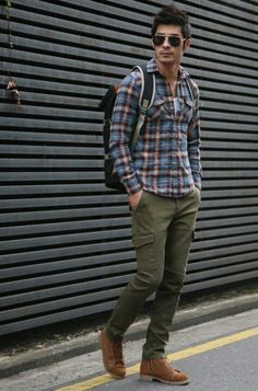 More conventional look for the fall fashion green cargo pants.