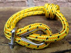 Paracord Bracelet - Yellow
