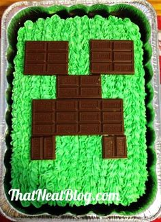 Hershey chocolate bars minecraft creeper cake - triple chocolate fudge, 2015 Halloween - chocolate: Minecraft Ice Cream Cake, Eat & Play At The Same Time By jenniferW - LoveItSoMuch Minecraft Birthday Party, Boy Birthday Parties, Birthday Fun, Birthday Ideas, Birthday Cupcakes, Boys Birthday Cakes Easy, Minecraft Party Food, Fete Laurent, Bolo Minecraft