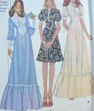 Vtg 70s Sew Pattern~Pretty MOD Hippie DRESS~Ruffles+Lace+Tie+~8-10-12~4381~UNCUT