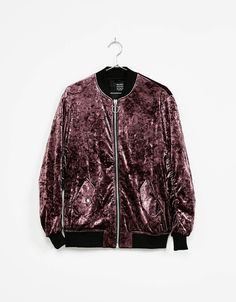 Discover this and many more items in Bershka with new products every week Teen Fashion, Korean Fashion, Fashion Outfits, Womens Fashion, Velvet Bomber Jacket, Mode Mantel, Types Of Jackets, Moda Casual, Valentine's Day Outfit
