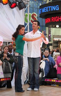 """Melissa Rycroft """"Dancing With the Stars"""" in the morning"""