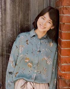 石田ゆり子 Asian Beauty, Chef Jackets, Men Casual, Japanese, Actresses, Woman, Lady, Womens Fashion, Bamboo