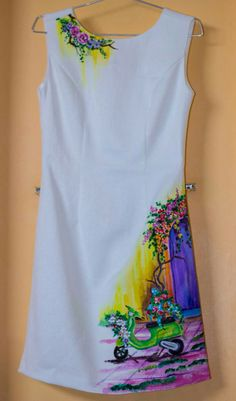 Saree Painting, Dress Painting, T Shirt Painting, Fabric Painting, Hand Painted Dress, Hand Painted Fabric, Painted Clothes, Kurti Embroidery Design, Embroidery Suits