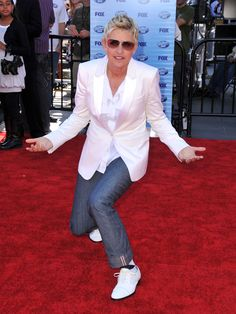 Ellen's KILLER style. She looks particularly good in shades of white, or black & white.