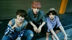Wow V is scary! And jungkook looks like a zombie...