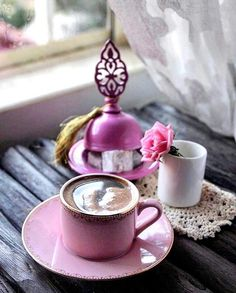 Cup of coffee ☕️ Brown Coffee, Coffee Set, Coffee Cafe, Coffee Break, Iced Coffee, Coffee Mugs, Pause Café, Arabic Coffee, Good Morning Coffee