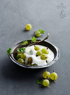 Stikkelsbær - Se flere spennende yoghurtvarianter på yoghurt.no - Et inspirasjonsmagasin for yoghurt.