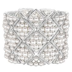 """""""Signature De Perles"""" Cuff from SignatureDeChanel - Chanel - FineJewelry collection in white gold set with 1191 BrilliantCut - Diamonds (total weight cts) and 308 Japanese cultured Pearls - January 2016 High Jewelry, Pearl Jewelry, Jewelry Bracelets, Gold Jewellery, Bangles, Chanel Couture, Sapphire Gemstone, Gemstone Necklace, Pearl Love"""