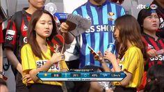 fc-seoul-female-fans-v-jeju-united-sept-2016