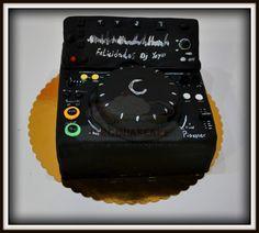 Virginias Cake: TARTA DJ YEYO