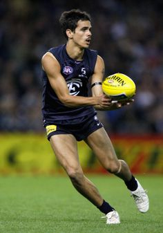 Jeff Garlett in action during the Round 2, 2009 match against the Brisbane Lions at the Docklands Stadium. (Photo: Lachlan Cunningham/AFL Media)