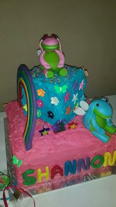 Lollos en Lettie koek Lunch Box, Cake, Desserts, Ideas, Food, Tailgate Desserts, Deserts, Food Cakes, Eten