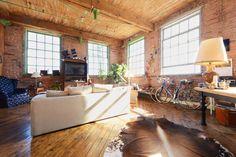 Vyhraj noc v Artsy River Loft Near Downtown - Byty k pronájmu v Detroit na Airbnb!