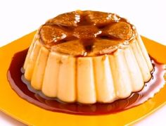 Flan is a baked custard, sometimes served with caramel sauce. Although flan is pretty easy to make, you must remember to. Dessert Simple, Mexican Dessert Easy, Traditional Mexican Desserts, Authentic Mexican Desserts, Mexican Food Recipes, Mexican Flan, Apple Recipes, Sweet Recipes, Easy Recipes