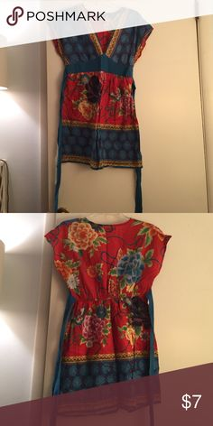 Print Bathing Suit Cover-Up Cute print bathing suit cover up has been lovingly worn but is still in good condition! Belt ties at the waist, v-neck. Could also be worn as a tunic top Forever 21 Swim Coverups