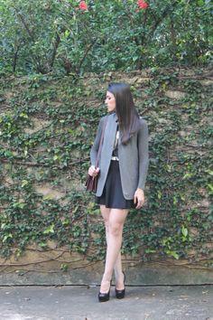 Blog Caca Dorceles. 2014. Meu Look: Maxi Colete. Zara maxi vest + Zara top + Zara skirt + Saint Laurent shoes + Zara bag.