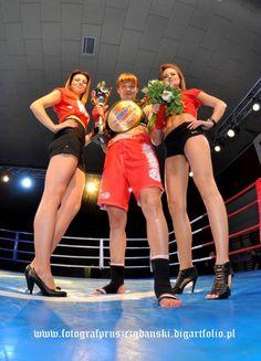 Wygrana KamilI Bałandy i Jarosława Daschke na Champion's Fight Night Fight Night, Cheer Skirts, Champion, Fashion, Moda, Fasion, Fashion Illustrations, Fashion Models