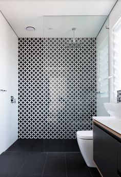 Accent tile wall
