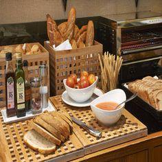 Resultado de imagen de fotos buffets desayunos NH hoteles