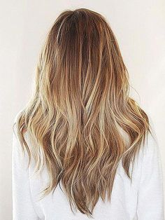 V Cut Hair With Layers Layered hair has never been more stylish and simple. Here is your guide to the most gorgeous layered hairstyles & haircuts. Long Hair V Cut, Haircuts For Long Hair With Layers, Long Layered Haircuts, Layered Hairstyles, Medium Long Haircuts, Long Face Hairstyles, Hairstyles Haircuts, Straight Hairstyles, Roman Hairstyles