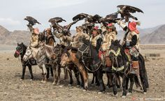 Moments From The Golden Eagle Festival In Mongolia | Bored Panda