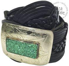Breitband mit Zopfmuster und verstellbarer Schnalle.