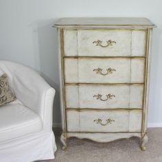 Vintage French Provincial 4 Drawer Chest/Dresser