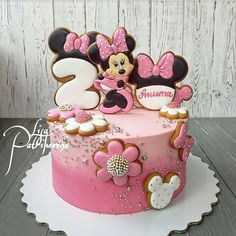 Cake Land added a new photo. Mini Mouse Birthday Cake, Mini Mouse Cake, Birthday Cake Girls, Minnie Mouse Birthday Theme, Bolo Minnie, Minnie Cake, Mickey Cakes, Cake Land, Cupcake Cakes