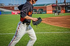 a great shot of tim lincecum of the #SFGiants taken with my new sony #NEX-7. from #treyratcliff at www.stuckincustom... - all images creative commons noncommercial