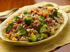 Fresh Vegetable Salad: Add pizzazz to a foolproof pasta salad, using crisp and colorful bell peppers, broccoli and onion.