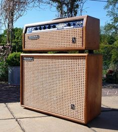 Mesa Boogie - Shared by The Lewis Hamilton Band… Guitar Rig, Cool Guitar, Valve Amplifier, Signature Guitar, Diy Speakers, Bass Amps, Guitar Collection, Urban Architecture, Pedalboard
