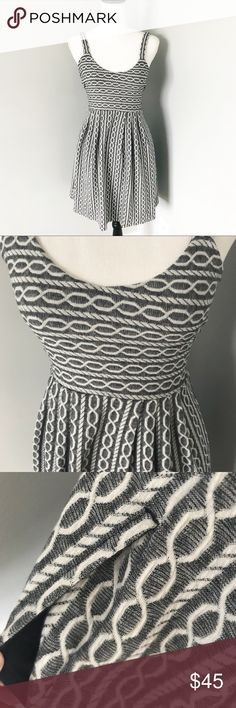 1119dd78d7d1b Anthropologie Postmark Rolo Dress Excellent condition Has pockets and  adorable Criss cross back Chain link pattern
