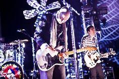 The Smashing Pumpkins выпустили новый трек «One And All» http://muzgazeta.com/rock/201442531/the-smashing-pumpkins-vypustili-novyj-trek-one-and-all.html