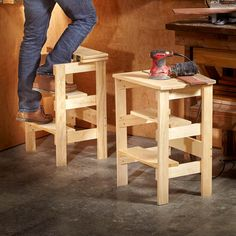 101 Saturday Morning Projects Do you have the DIY bug but only a Saturday morning free to get projects done? Here are 101 amazing home improvements that you can do in just a few hours or less! projects tips woodworking Easy Woodworking Projects, Woodworking Plans, Woodworking Shop, Woodworking Drill Bits, Youtube Woodworking, Intarsia Woodworking, Woodworking Basics, Woodworking Workshop, Pallet Furniture