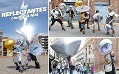 Reflectantes (la barricada del siglo XXI) by Colectivo Enmedio