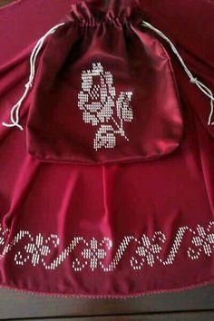 Tel kırma - #kırma #Tel Cross Patterns, Weaving Patterns, Knitting Patterns, Turkish Fashion, Ethnic Fashion, Hand Embroidery, Embroidery Designs, Thread Work, Bargello