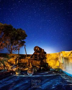 "Battery Hill Port Fairy Star-trail with a mate: @chamberlain_pictures  : Canon 5D MKIII : Canon 16-35mm ƒ/2.8 : 30"" ISO3200 ƒ/2.8 : VIC AU  #amazing_australia #australia #australiagram #bestofaustralia #canonaustralia #exploreaustralia #ig_australia #iloveaustralia #seeaustralia  #worldbestshot #wow_australia #ig_exquisite #jaw_dropping_shots #big_shotz #ausfeels #australia_oz #visitvictoria #ilovevictoria #portfairy #portfairypics #greatoceanroad #VisitGreatOceanRoad #sunset #astro #night…"