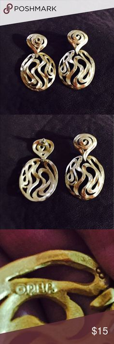💥💥Beautiful Large Matte Gold Earrings💥💥 These are beautiful matte gold pierced earrings that I bought in Macy's. I bought these for a wedding a few years ago and haven't worn the again.  They're in excellent condition. Jewelry Earrings