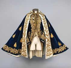cape / velvet / brocade /royal / military / regalia