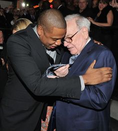 warren buffett at hov's club reopening. i love that they're great friends. Warren Buffett, American Rappers, American Singers, Terrence J, The Art Of Listening, Selita Ebanks, Beyonce And Jay Z, Business Icon, New Dads